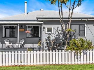 6 Farquharson Street Harristown , QLD, 4350