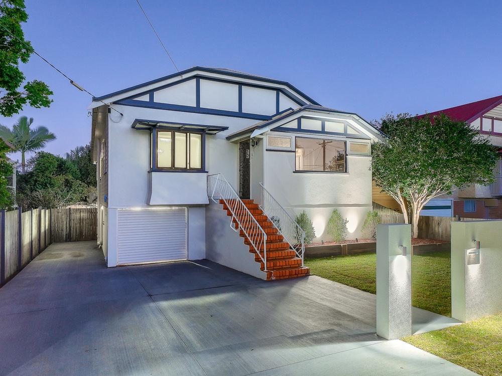 25 Crawford Avenue Stafford, QLD 4053