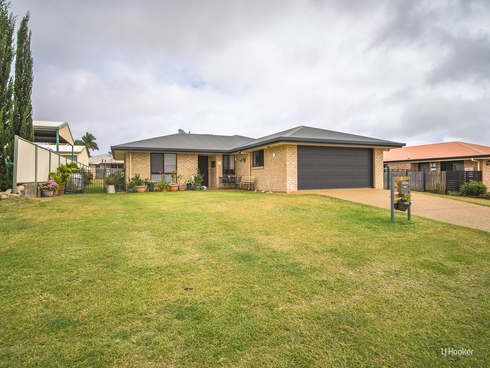 8 Poinciana Place Gracemere, QLD 4702