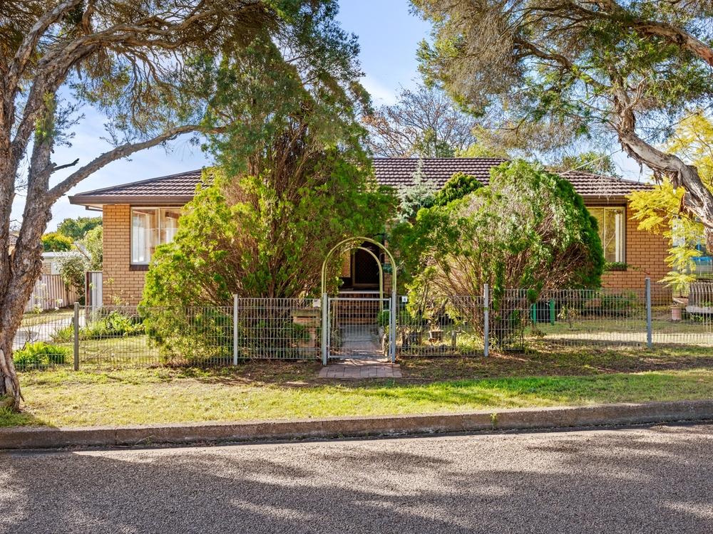 4 Belmont Avenue Cessnock, NSW 2325