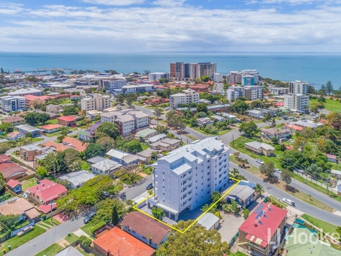 14/13 Louis Street Redcliffe, QLD 4020