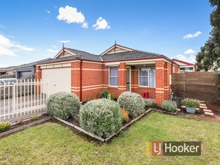 47 Calais Circuit Cranbourne West , VIC, 3977