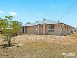 8 Brendan Crt Hatton Vale, QLD 4341