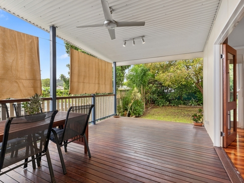 102 Dawson Road Upper Mount Gravatt, QLD 4122