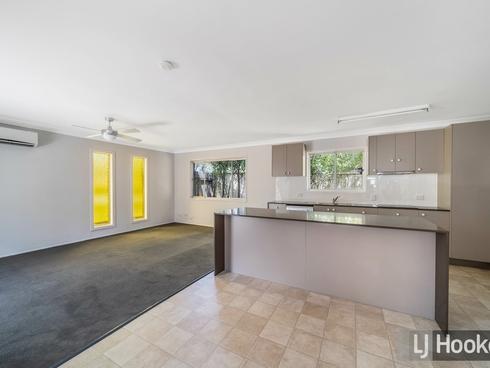 19 Rochester Drive Mount Warren Park, QLD 4207