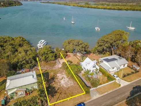 24 Schooner Street Russell Island, QLD 4184