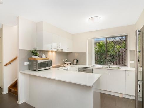 22 La Savina Drive Coombabah, QLD 4216