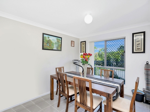 10/1 Mcauley Parade Pacific Pines, QLD 4211