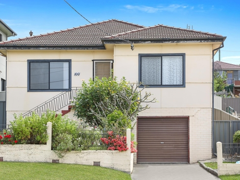 100 First Avenue North Warrawong, NSW 2502