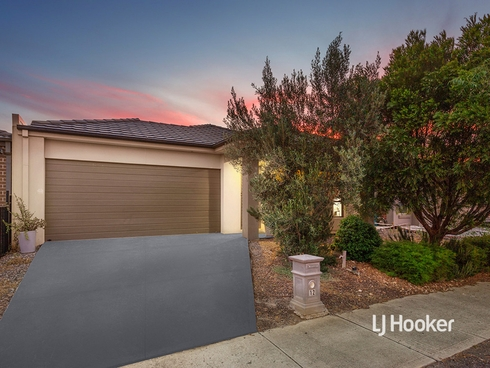 12 Garland Terrace Point Cook, VIC 3030