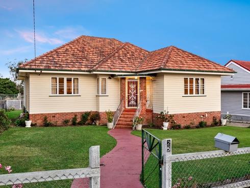 25 Parkdale Street Kedron, QLD 4031
