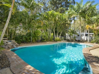 4 Honeysuckle Court Victoria Point , QLD, 4165