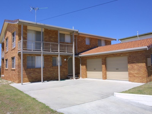 140 Ocean Road Brooms Head, NSW 2463