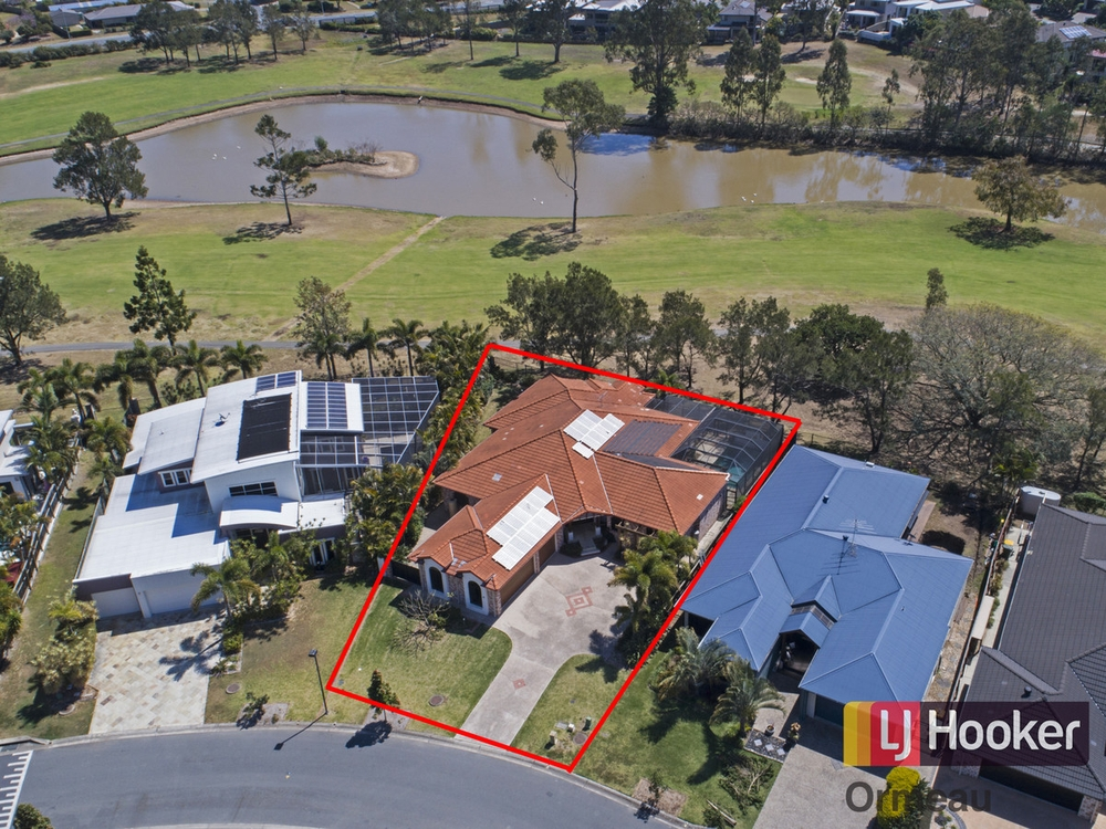 25 The Avenue Windaroo, QLD 4207