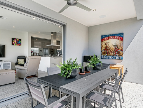18 Greenfield Crescent West Lakes Shore, SA 5020