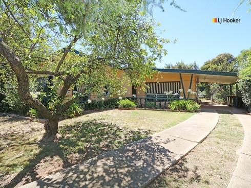 23 Nilma Avenue Mount Austin, NSW 2650