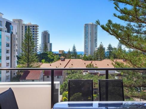 32/2729-2733 Gold Coast Highway Broadbeach, QLD 4218