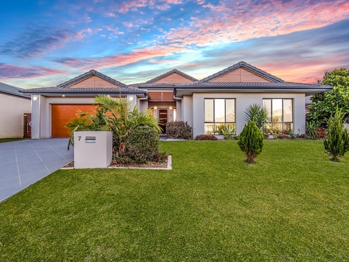7 Foambark Street North Lakes, QLD 4509