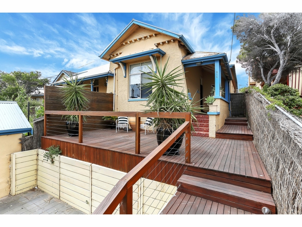 214 Seaview Road Henley Beach South, SA 5022