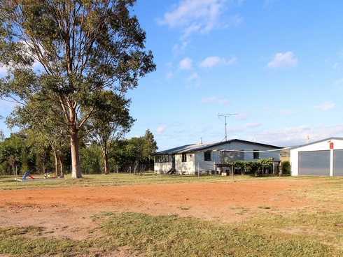 5871 Brisbane Valley Highway Esk, QLD 4312