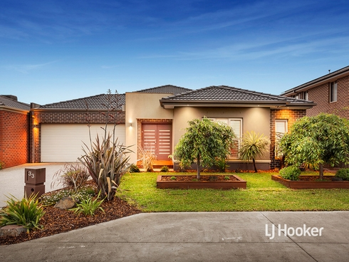 33 Grandpark Circuit Point Cook, VIC 3030